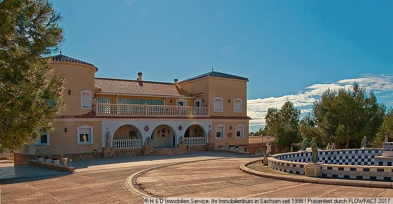 Blick Villa